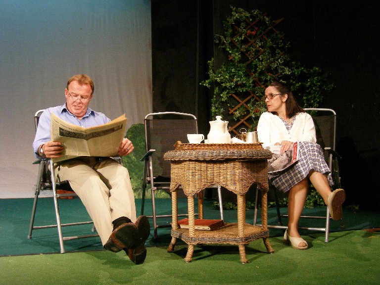 "David Burrows and Julia Faulkner in ""Relatively Speaking"""